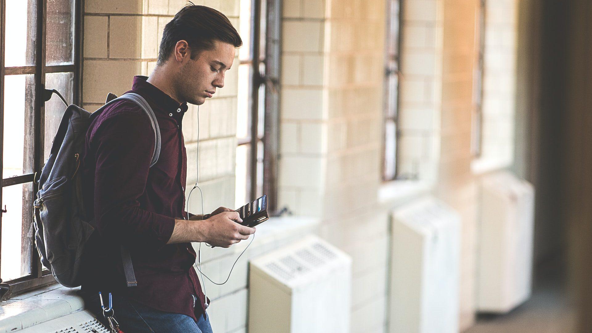 【大学生必見】収入が少ない大学生も即日で借りられるおすすめカードローン7選
